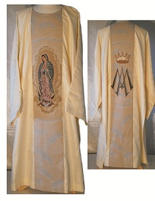 DAMASK style Dalmatic with Woven Image